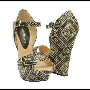 "Madden Girl ""Attitude"" heel - Size 5"